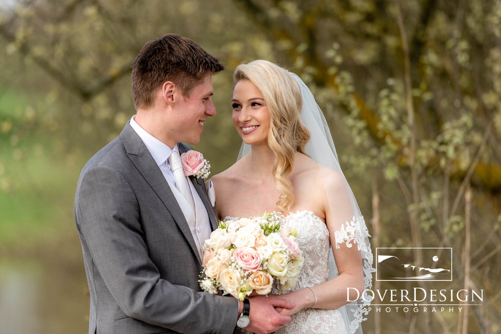Sarah and Scott Weald of Kent-54.jpg