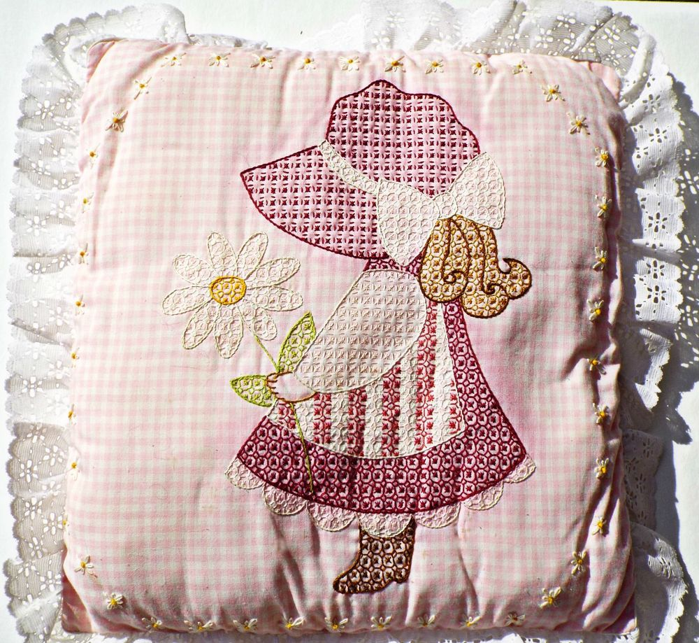 Sue Bonnet Sue Pillow