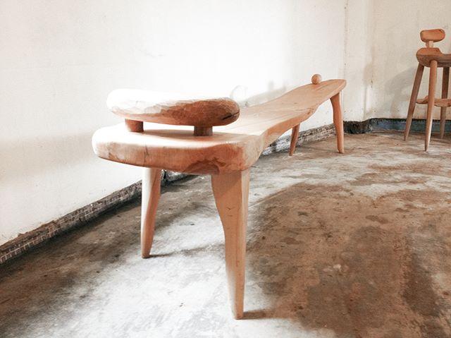 Iyo Kacaw's work, 2013, one of our favorite collection. . meet it at Kamaro'an #太平洋的風. . . . #makutaay #driftwood #bench #craftsmanship #hualien #kamaroan #taiwan #stunning
