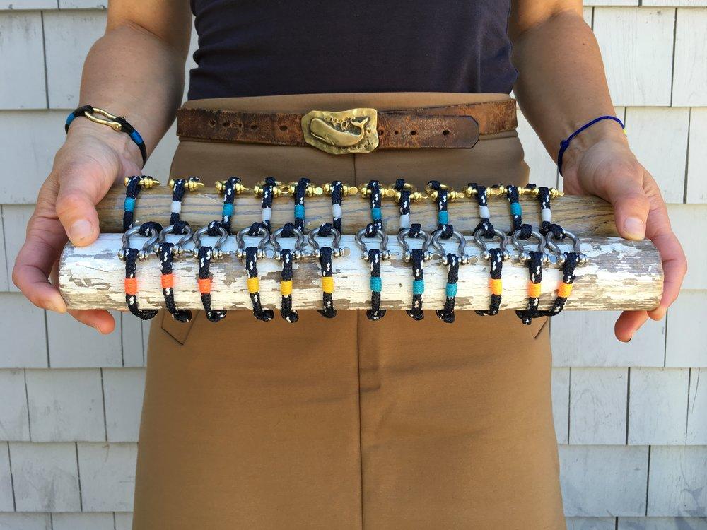 bracelet bars navy.JPG