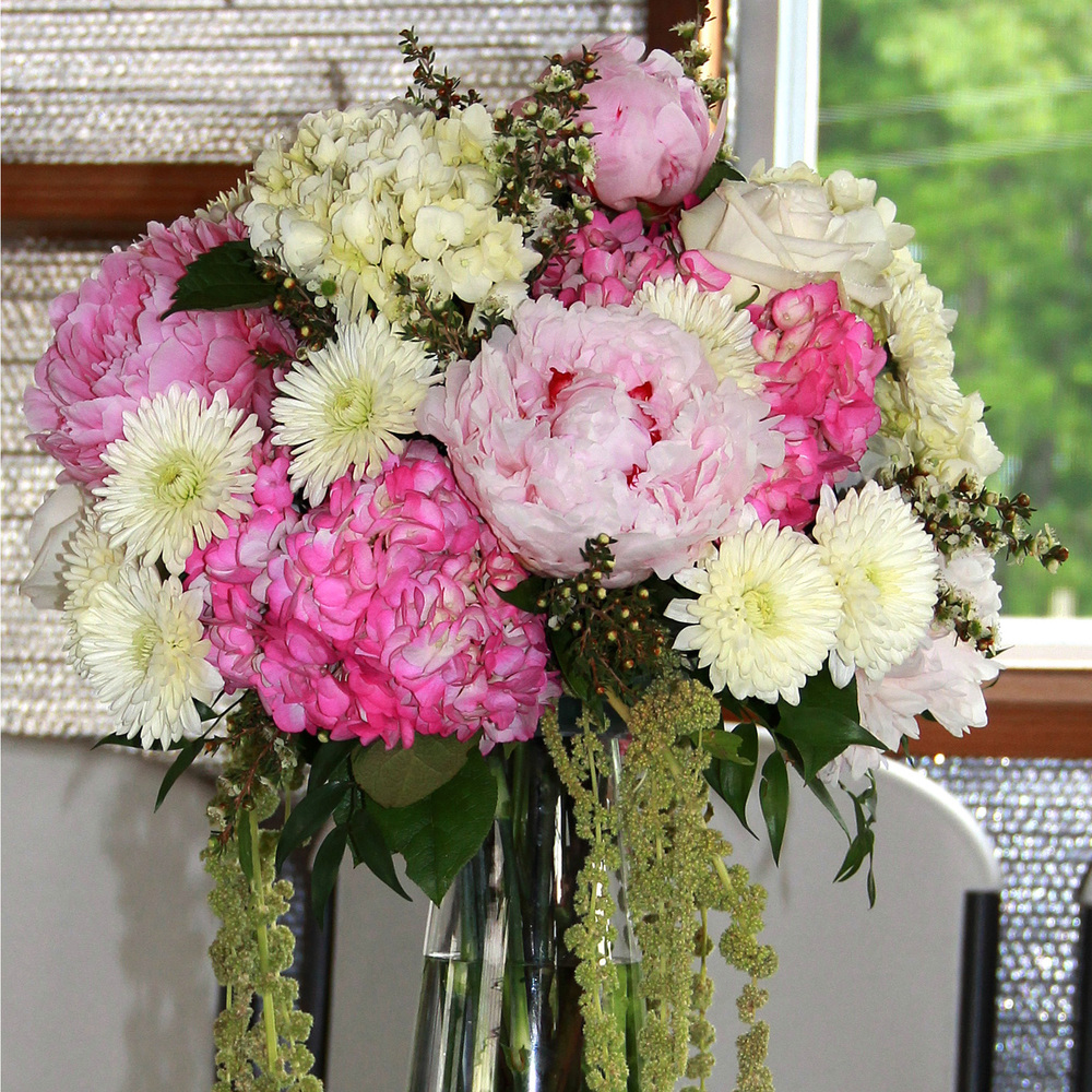 Amish Wedding Flowers 8-Middlefield Ohio-Flowers by Emily.JPG