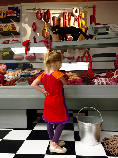 1deli-counter-lucy-sparrow.jpg
