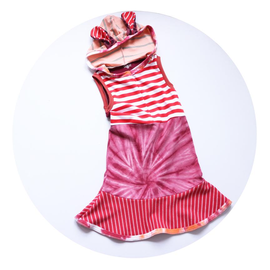 flat 8:10 reds:stripe:dyed:bunny:hoodie.jpg