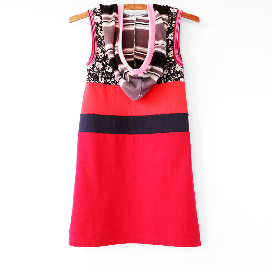 back 8:10 pink:red:floral:stripe:vtgiceskates:hoodie.jpg