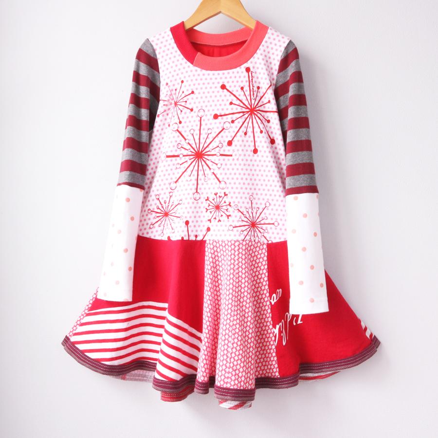 6:7 snowburst:pink:red:snowflakes:twirl:ls.jpg