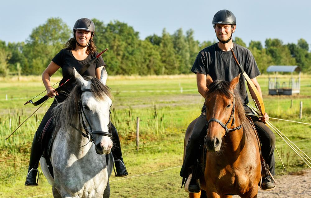 boogschieten te paard