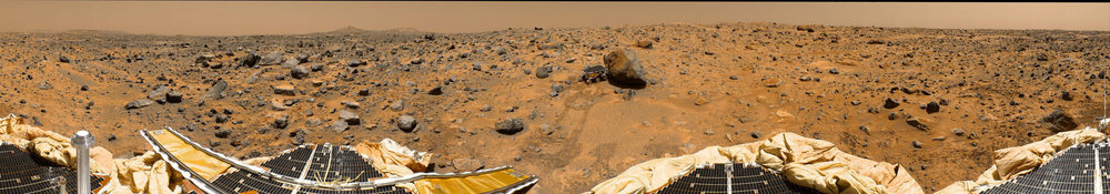 Panorama taken by the  Pathfinder  lander on Mars, with a view of its rover  Sojourner  visiting a rock called Yogi (NASA/Caltech-JPL)