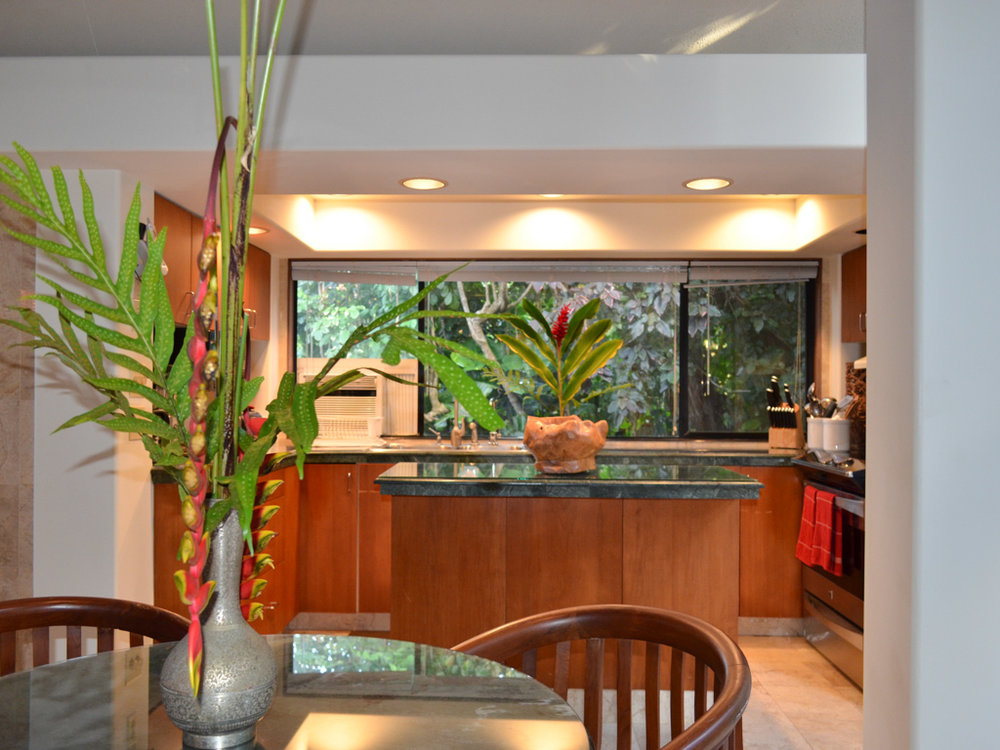 jasmine kitchen.jpg