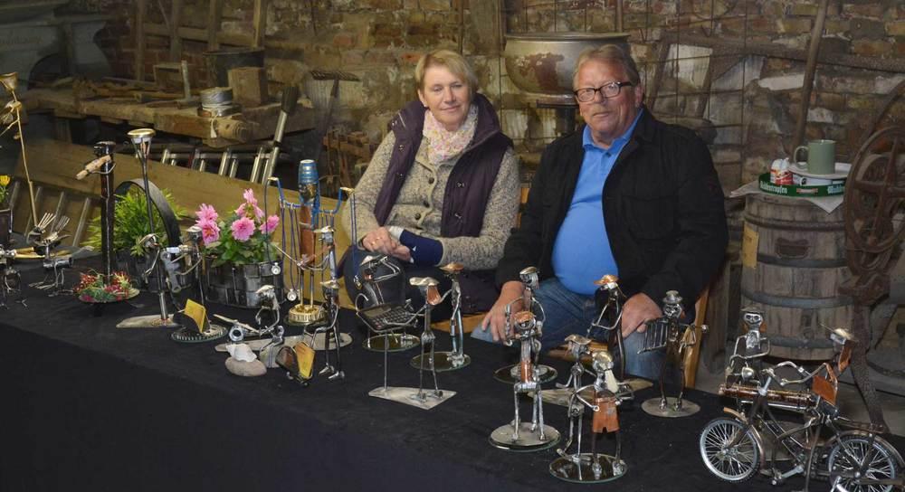 Kleine Kunstwerke aus Metall zeigten Ernst und Monika Koddenberg beim Mühlentag