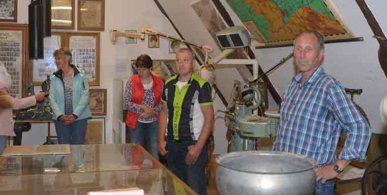 Zu einem Museum hat der Heimatverein Aufhalsen das Dachgeschoss des Heimathauses umgestaltet