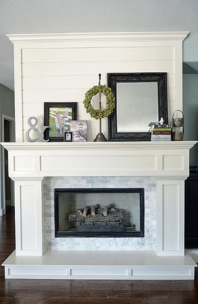 A mantle is the perfect place to showcase seasonal decor. (Photo by  House of Jade )