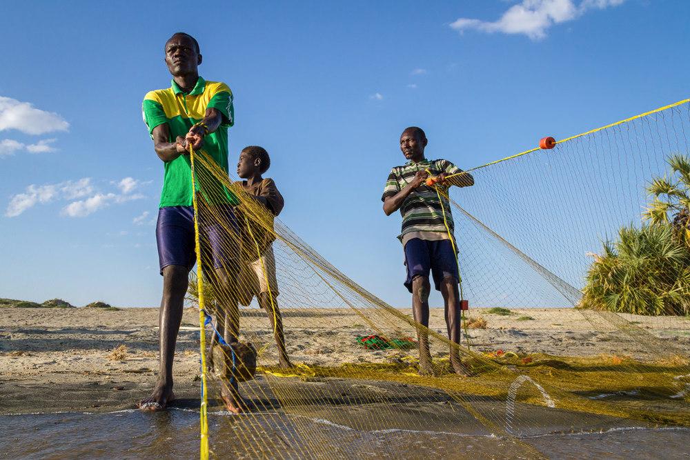 kenya-fishermen-lake-turkana.jpg