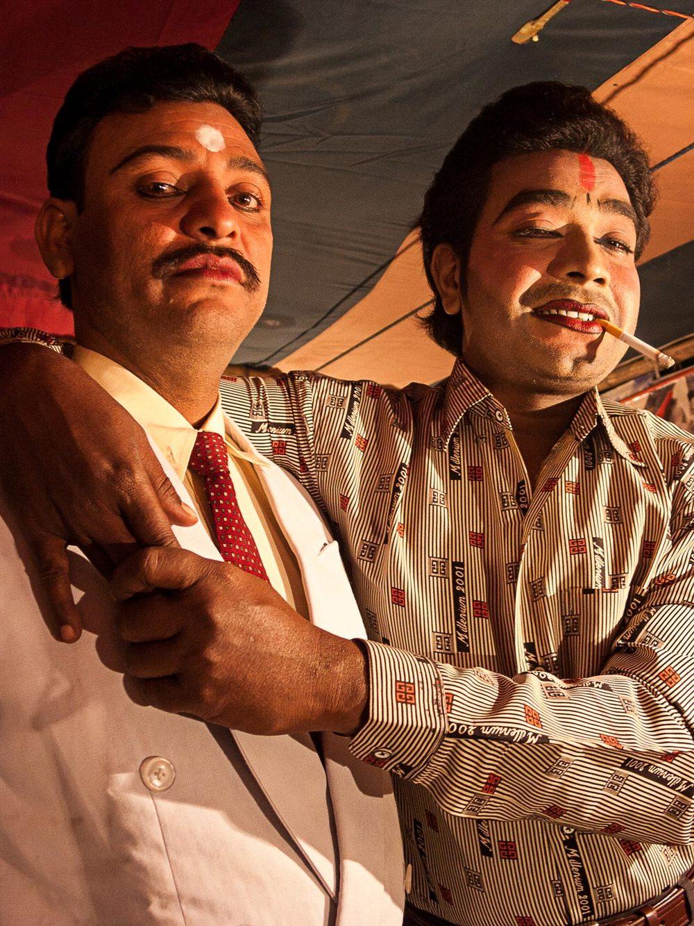 Bangladesh-jatra-actors-gangsters.jpg
