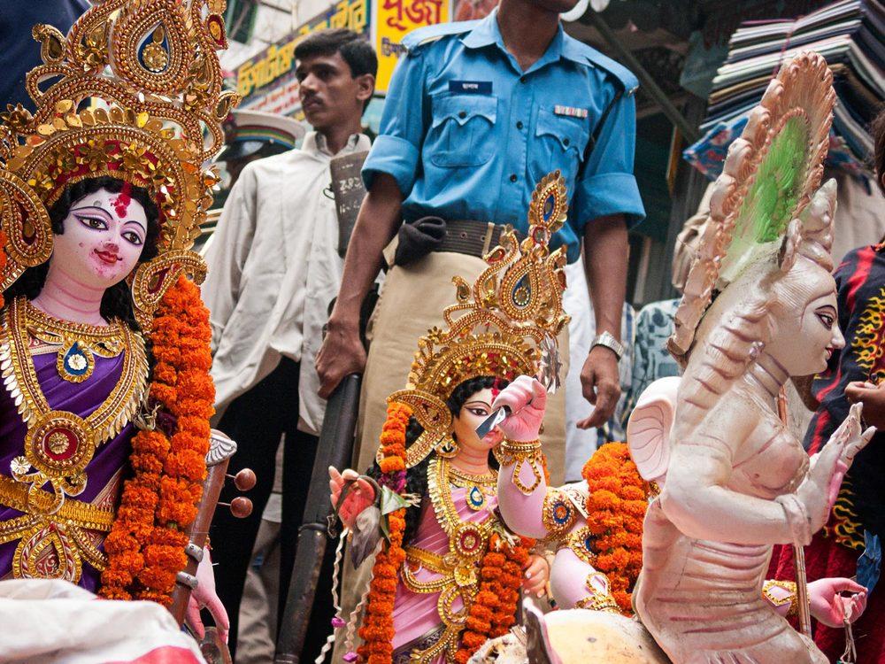 Bangladesh-durga-puja-hindu-statues.jpg