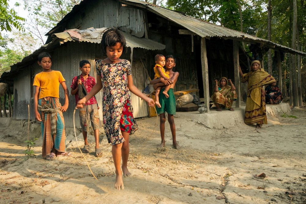OPEN THIS PUBLICATION  SAFE AND SOUND: SECURING THE LIVES AND LIVELIHOODS OF BANGLADESH'S MOST VULNERABLE