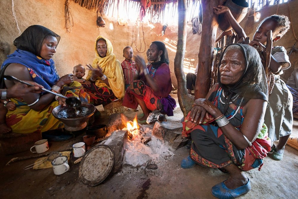 OPEN THIS PUBLICATION  THE SCHOOL OF LIFE: EDUCATION IN A PASTORALIST COMMUNITY   Making coffee; Borana, Ethiopia