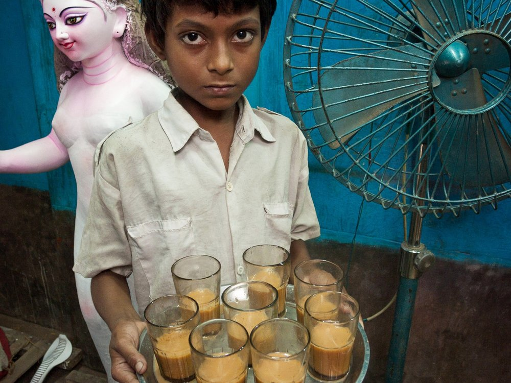 bangladesh-boy-chai-tea.jpg