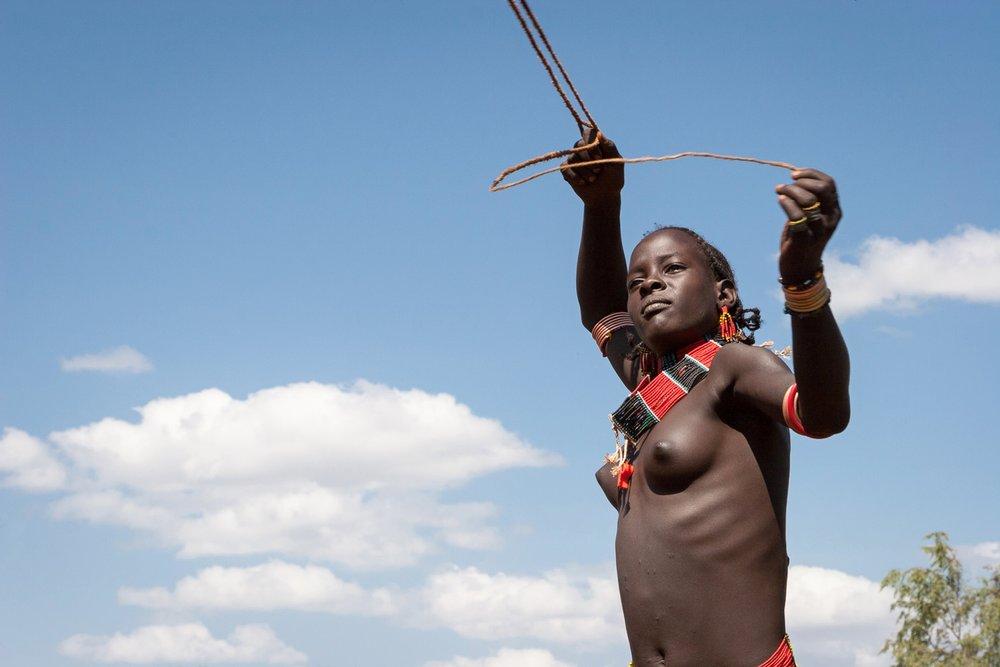 ethiopia-hamar-girl-slingshot.jpg