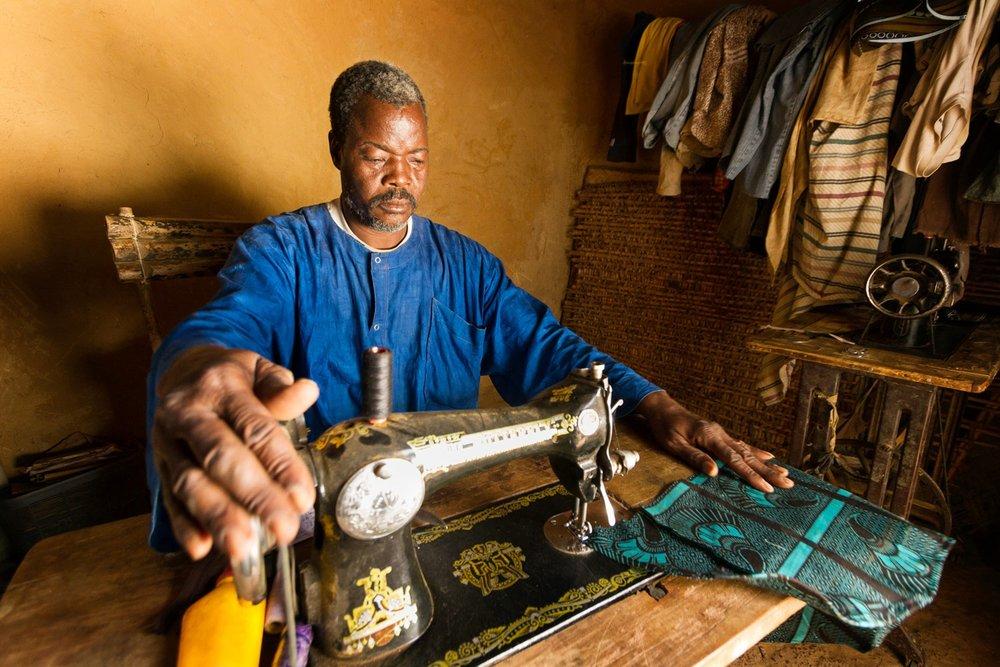 mali-tailor-sewing-machine.jpg