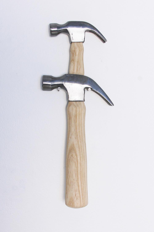 Shoulders (Hammer  #4)