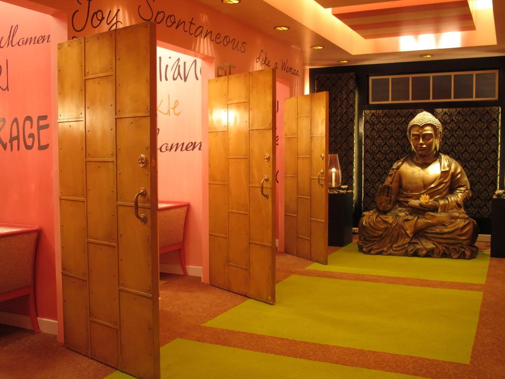 Dressing Room 007.jpg