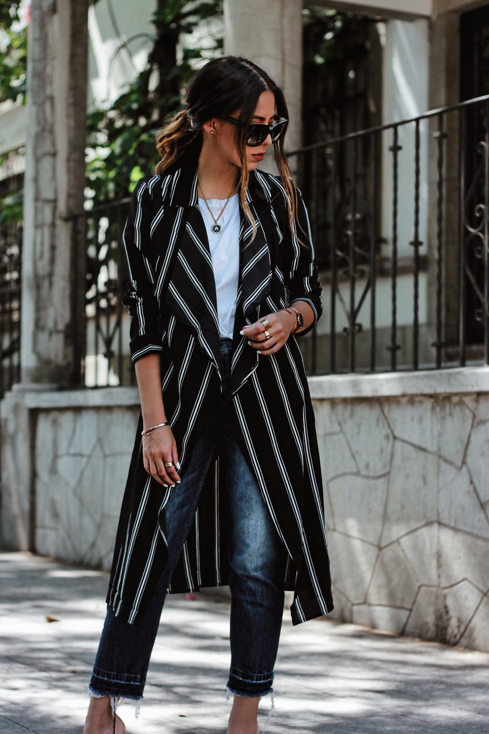 how to wear stripes trench