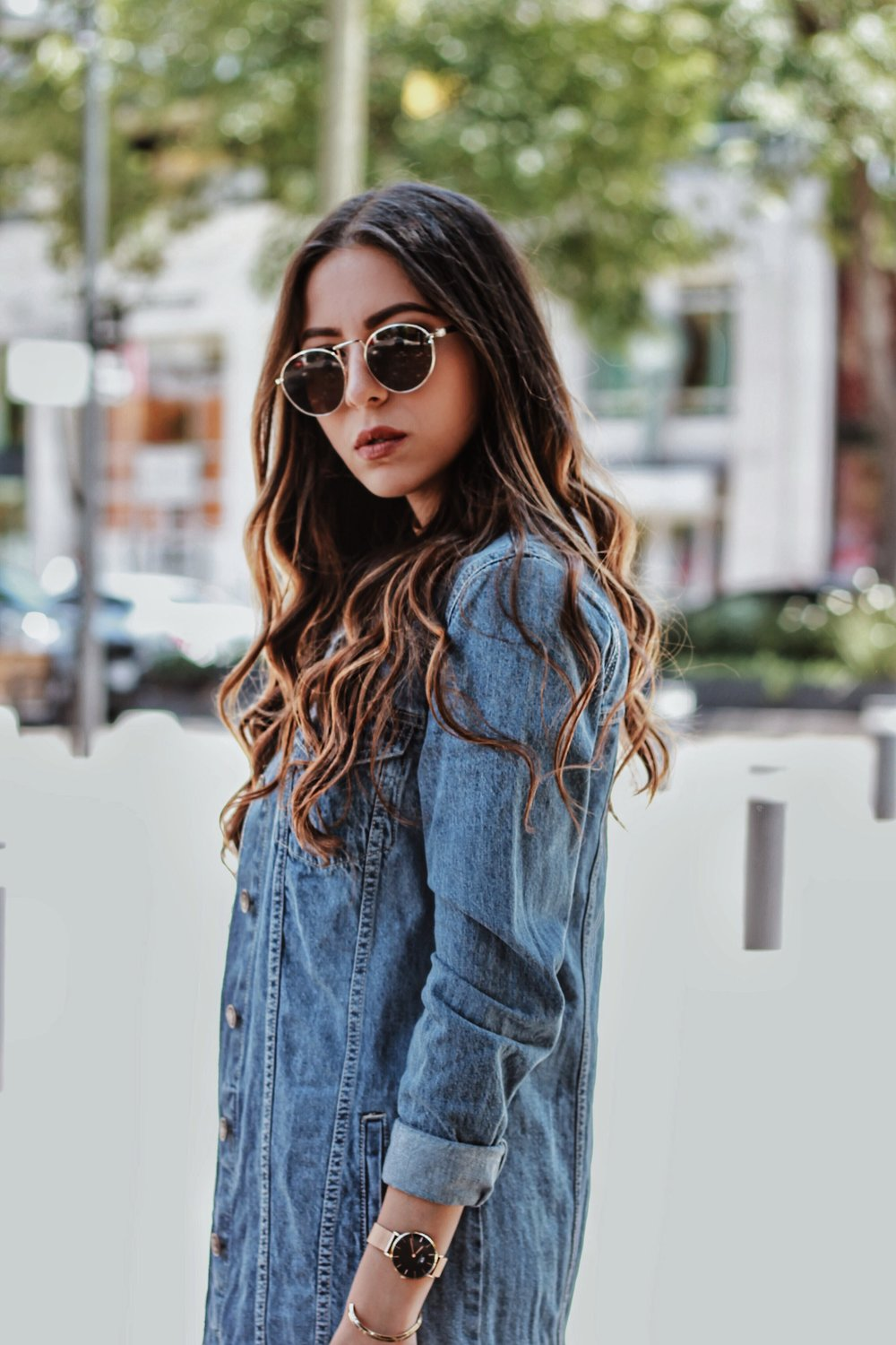 denim-jacket-and-black-outfit