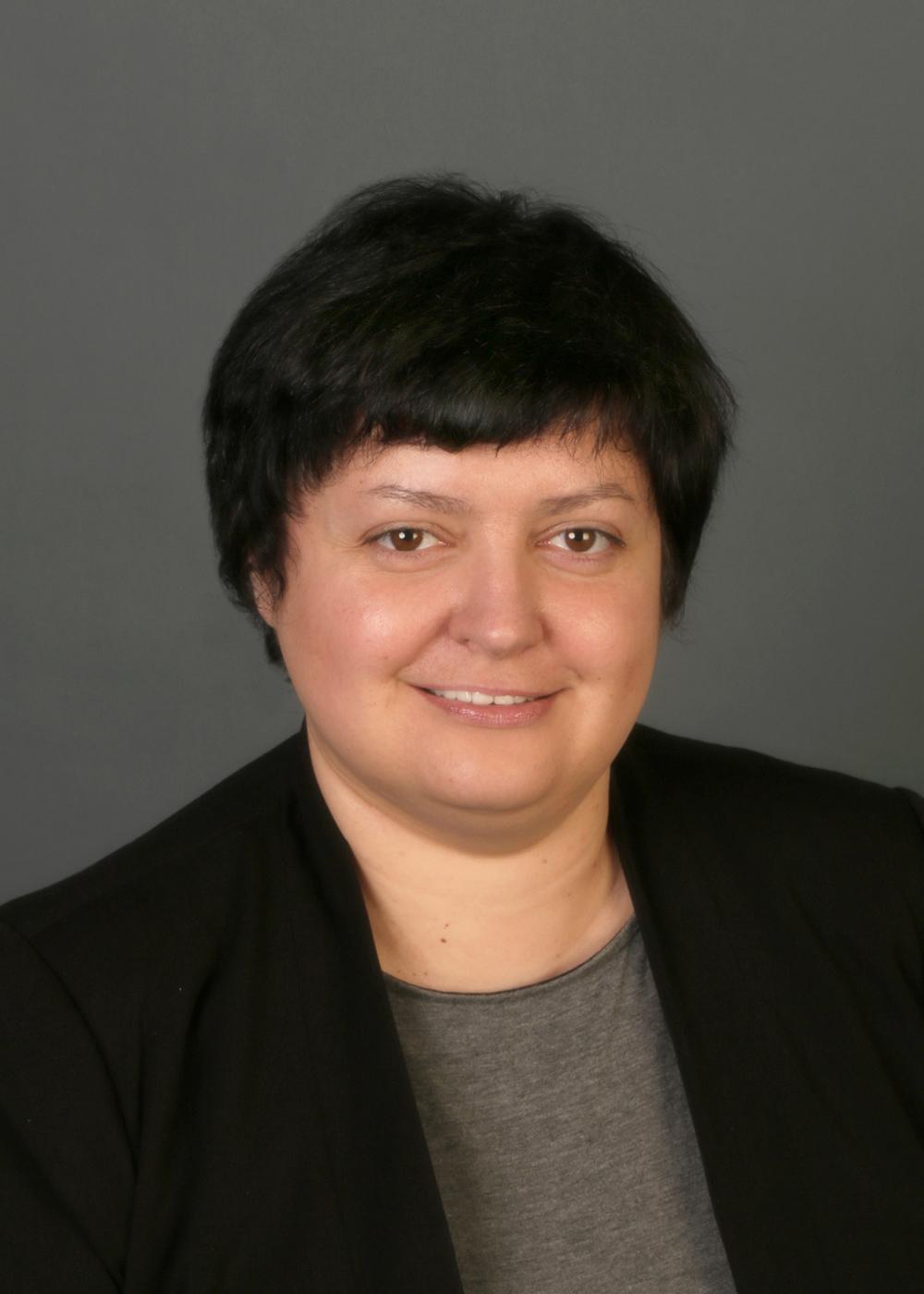 ELENA TCHIGRIAEVA, MS