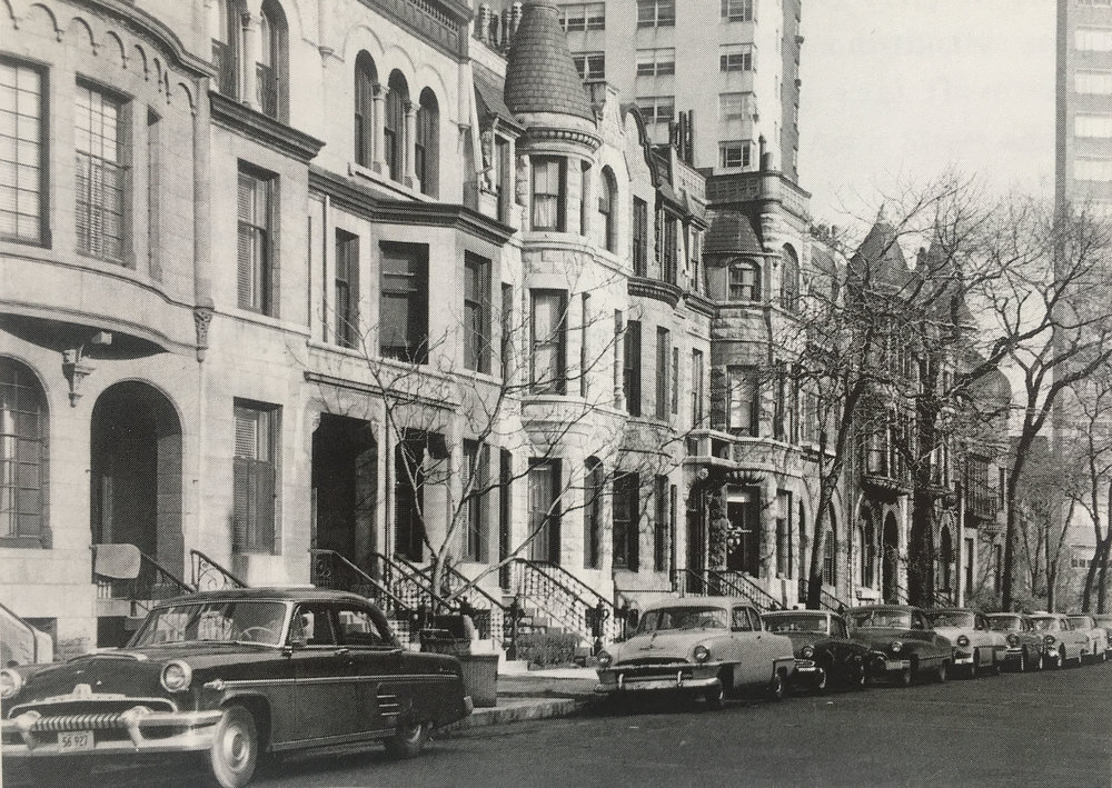 Ritchie Court, 1956. Chicago History Museum Archives.
