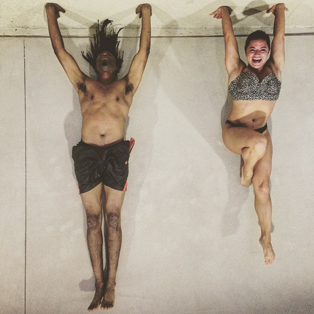 Upside down hand stands with the pro @andrea_is_hungry.