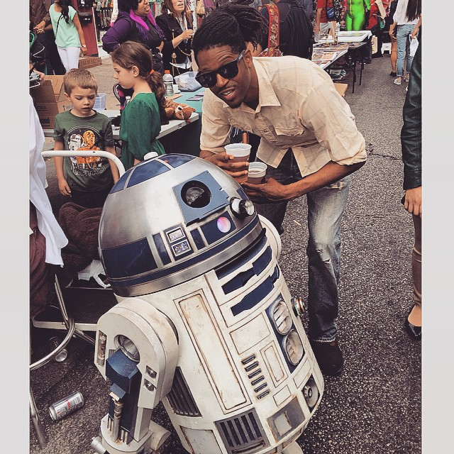 With my Woe in Philly.  #kooleyisdrunk #starwars #R2D2 #Philadelphia  (at South Street, Phila., Pa.)