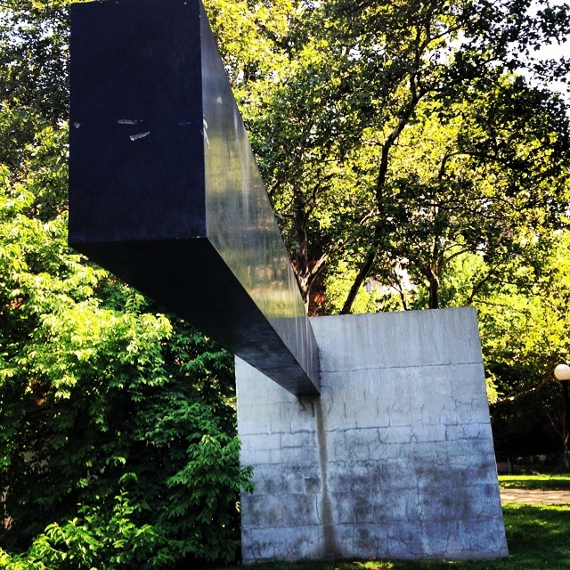 At this sculpture garden at Pratt. Trying to be like @halotheemcee #brooklyn #kooleyishigh #art