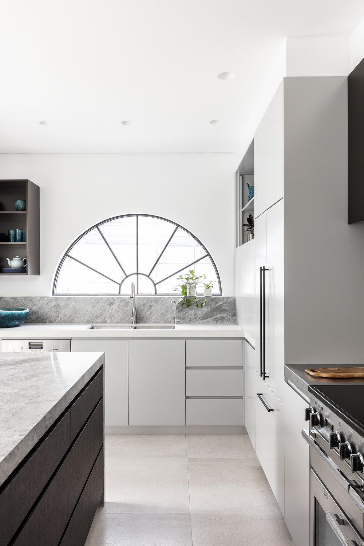 Sydney-North-Shore-Kitchen-Arch-Window-Design.jpg