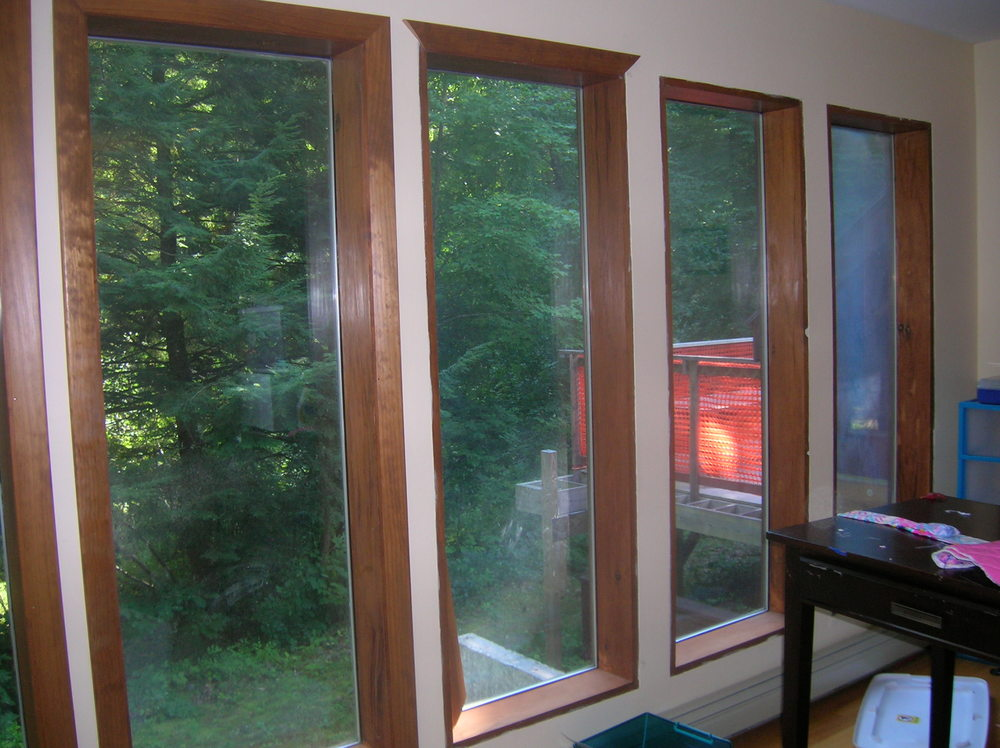 Windows! Big ones! Lots of them! With a great view of the outdoors! (...and the incomplete deck)