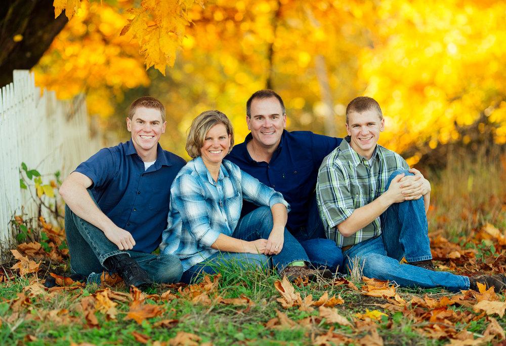 ariellanoellephotography-family-portraits-fall-mini-session-duvall-monroe-washington-seattle-redmond-woodinville-sammamish-area-1-12.jpg