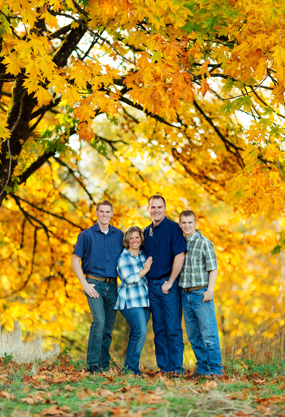 ariellanoellephotography-family-portraits-fall-mini-session-duvall-monroe-washington-seattle-redmond-woodinville-sammamish-area-1-19.jpg