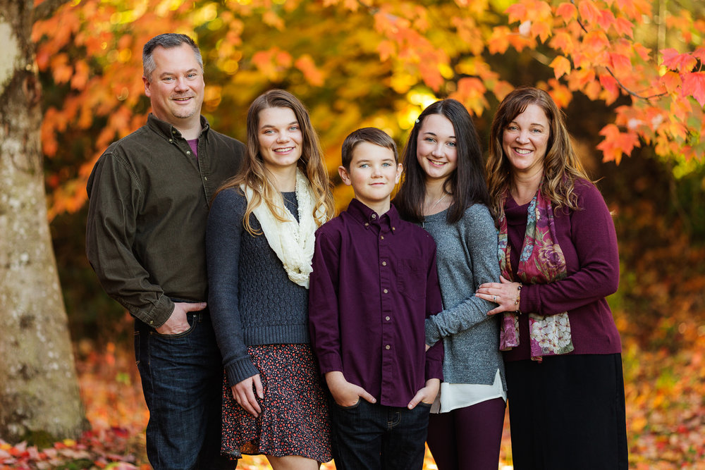 ariellanoellephotography-family-portrait-session-fall-mini-photographer-seniors-highschool-portraiture-child-photographer-1-5.jpg