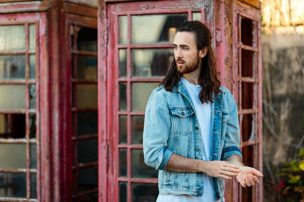 ariellanoellephotography-male-model-photoshoot-seattle-area-senior-guy-portraits-headshots-1-16.jpg