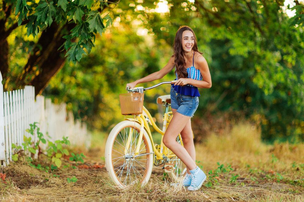 ariellanoellephotography-summer-teen-portraits-highschool-senior-portraiture-washington-seattle-area-kirkland-woodinville-duvall-1-3.jpg