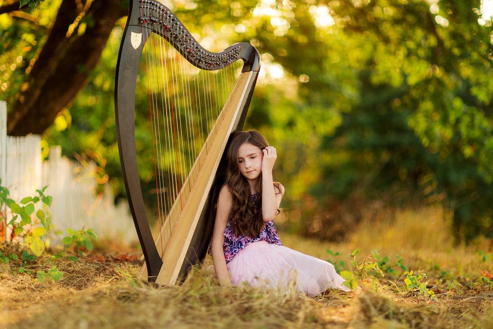 ariella-noelle-photography-summer-senior-sessions-portraiture-seattle-area-beautiful-senior-portraiture-2-2.jpg