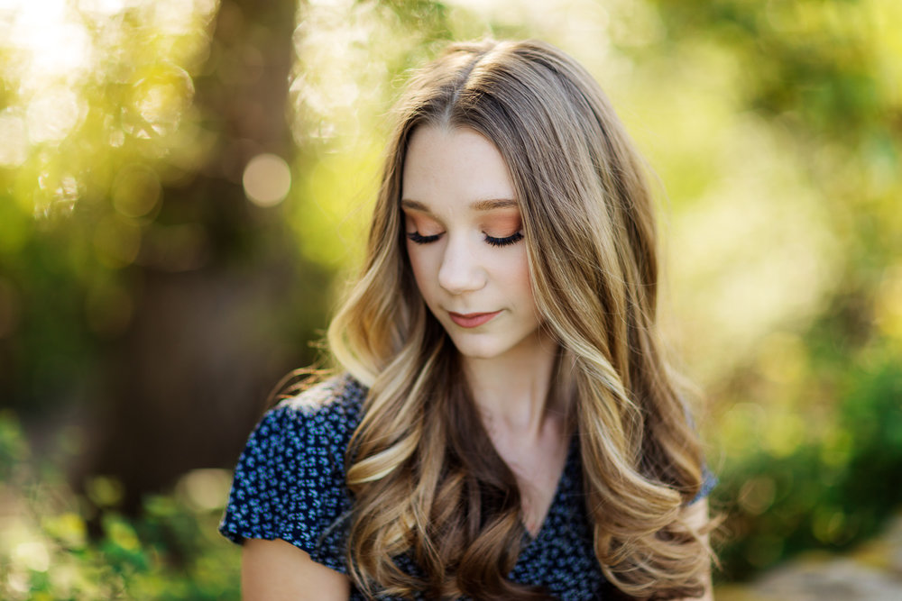ariellanoellephotography-top-highschool-senior-portraiture-seattle-area-photographer-1-15.jpg