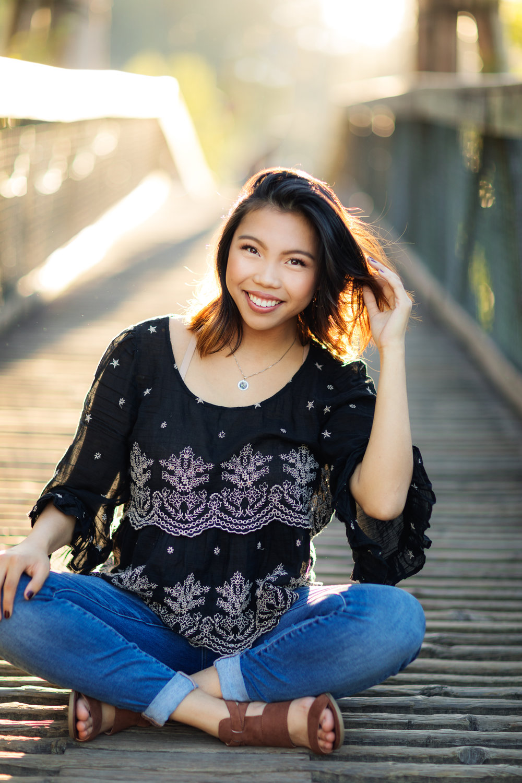 ariellanoellephotography-highschool-senior-portraiture-seattle-area-monroe-duvall-washington-state-redmond-kirkland-bellevue-snohomish-portraiture-graduation-images-1-4.jpg