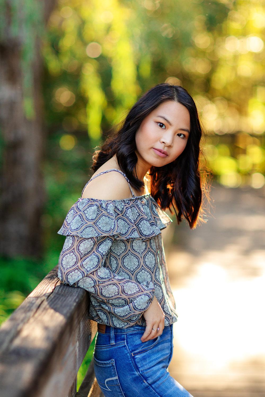 ariellanoellephotography-portraiture-highschool-senior-photos-top-seattle-area-photographer-1-11.jpg
