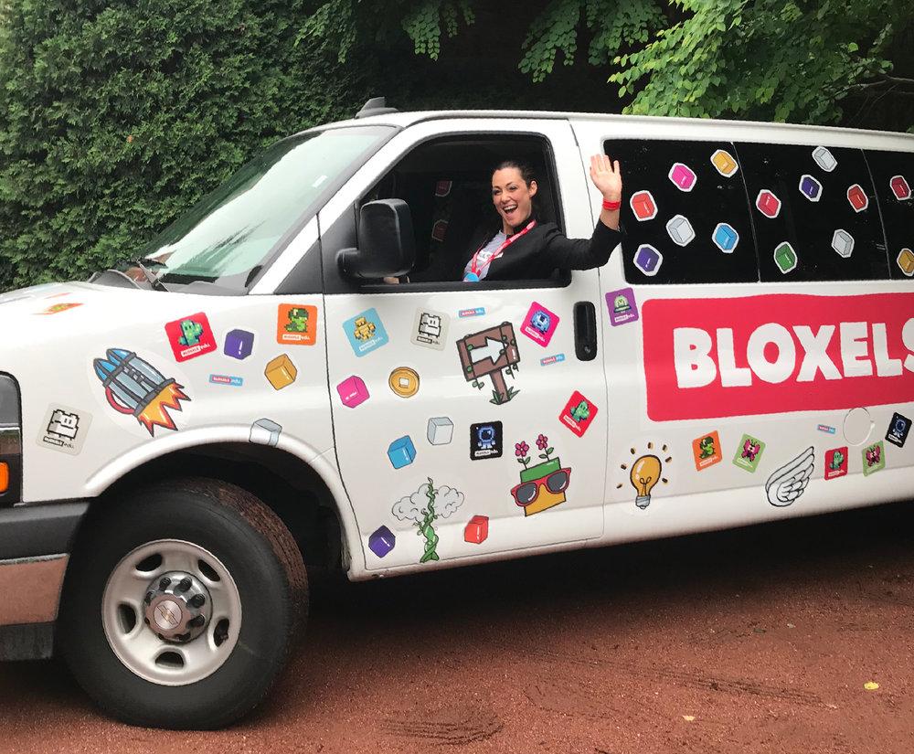 bloxelsbus.jpg