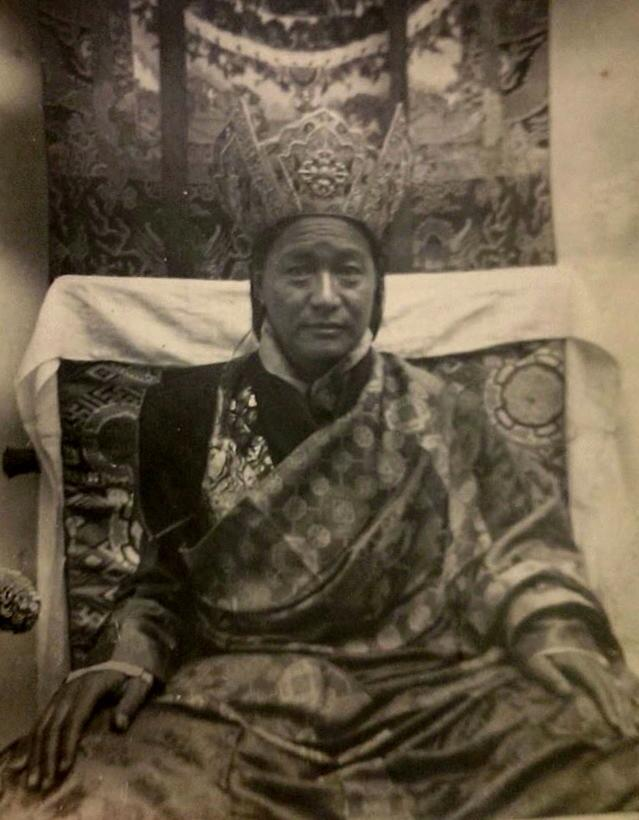 The late Kyabje Dudjom Rinpoche Jigdral Yeshe Dorje, Head of the Nyingma Lineage and Founder of Zangdok Palri Monastery (Photographer unknown)