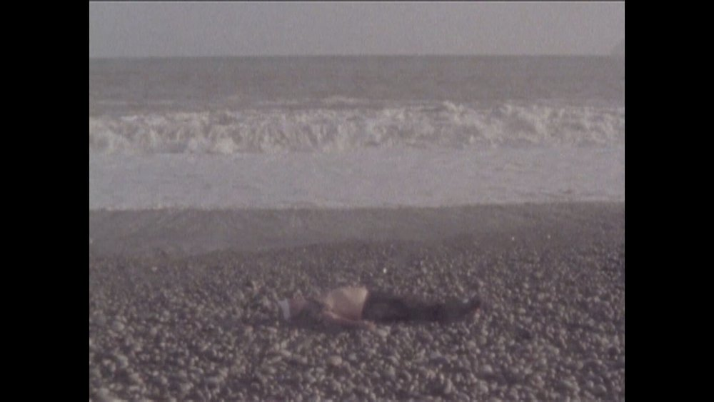 Still from La Mar Brava