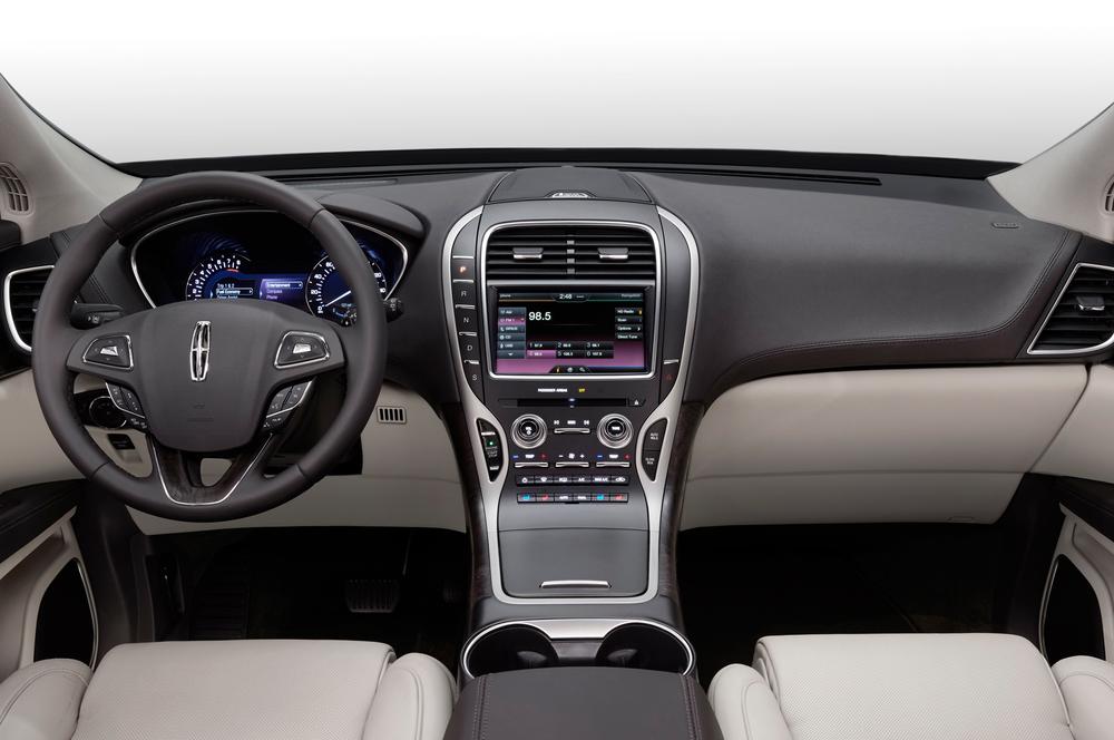 2016-Lincoln-MKX-interior1.jpg