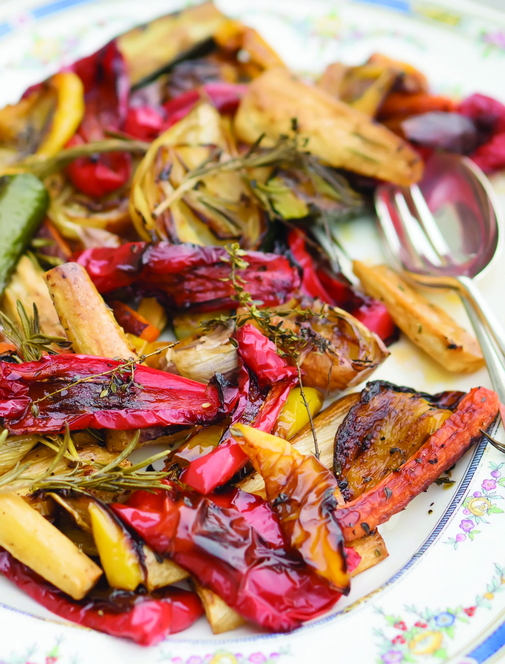 Caramelised tray roast veg 916 final book crop for folder.jpg