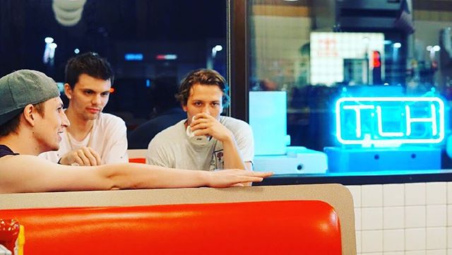 How awkward do you think this photo shoot was? We were in a restaurant...