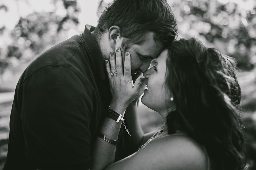 Allyson-Ryan-Engaged-Michigan-Wedding-Photographer-8136.jpg